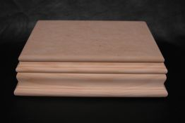 "Box - 11 1/4"" x 7 1/2""  with Molding sides"